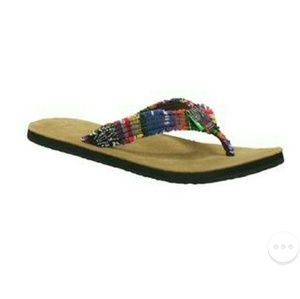 Sanuk fraidy cat flip flop sandals
